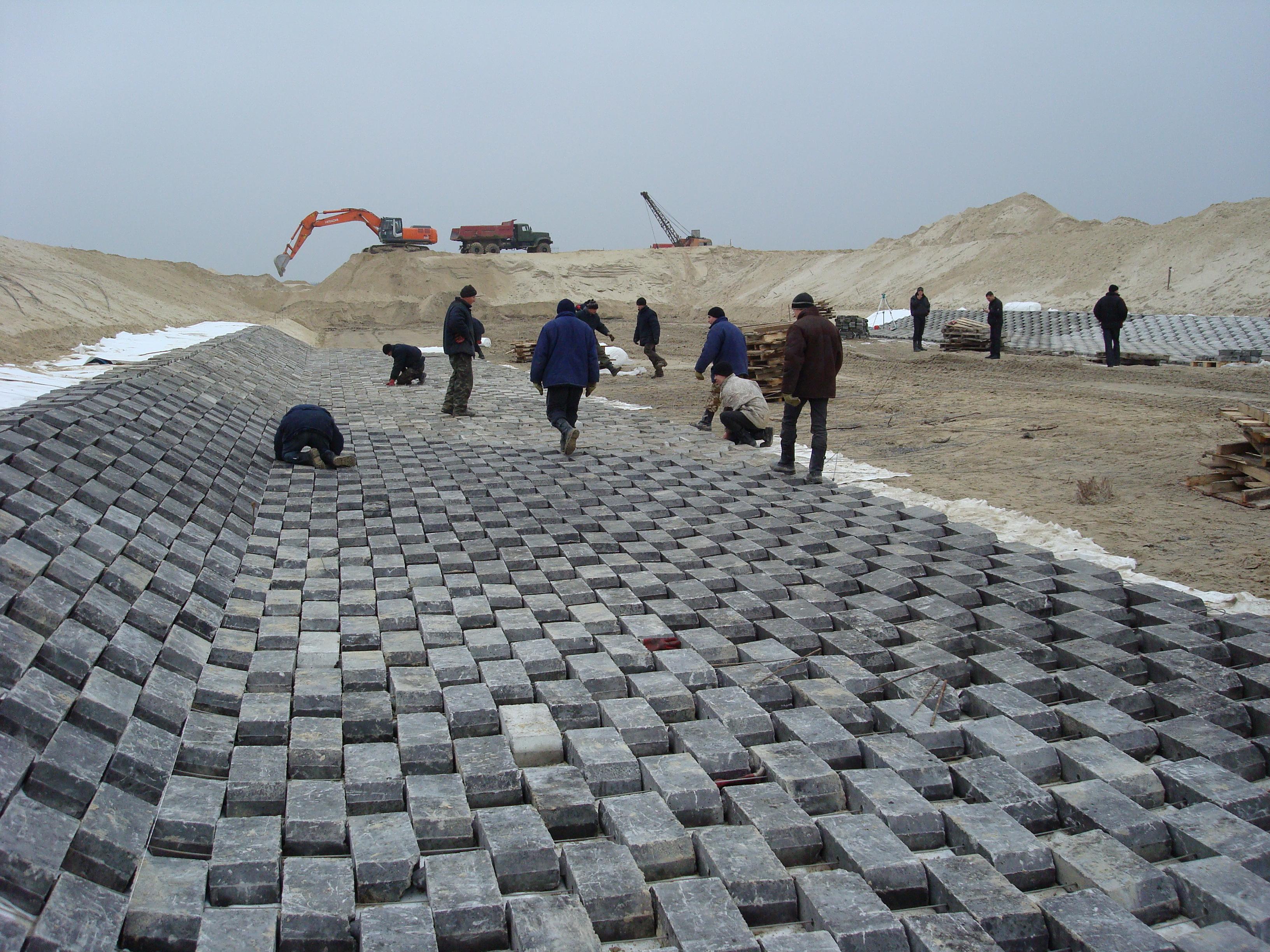 Будівництво каналу в ЖРК «Конча-Заспа»